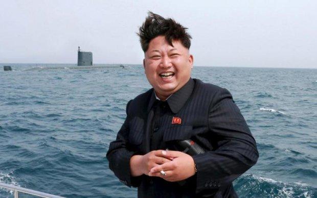Бешеный Ким замахнулся на Японию