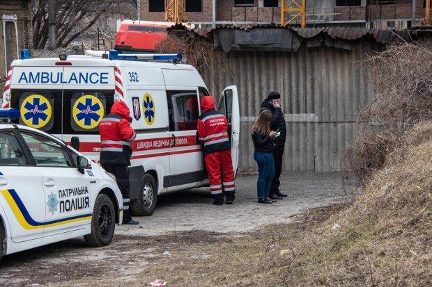 Молча истекал кровью: в центре Одессы наткнулись на жуткую находку, кадры не для слабонервных