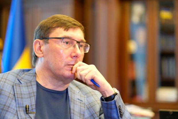 Весілля сина Луценко: справу про побиття журналістів відновлено