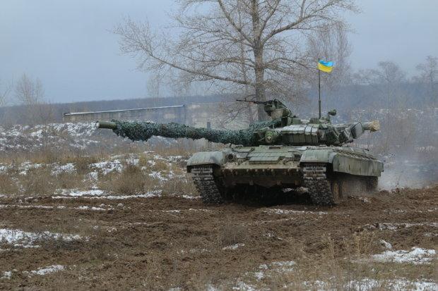 Різдвяний танк ВСУ вразив уяву українців: ось це монстр