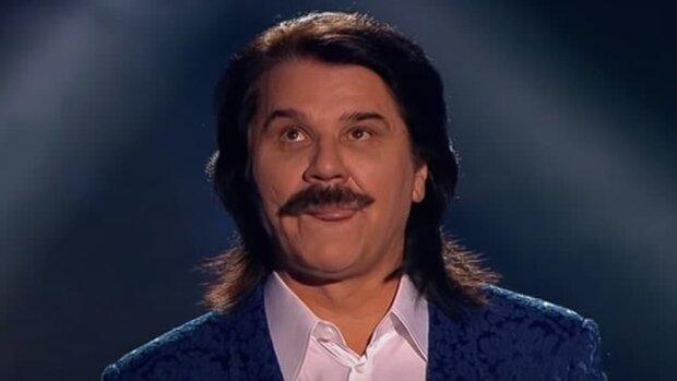 """Жена не видит? Павло Зибров замечен за поцелуем с обворожительной красоткой: """"Сладенькая моя"""""""