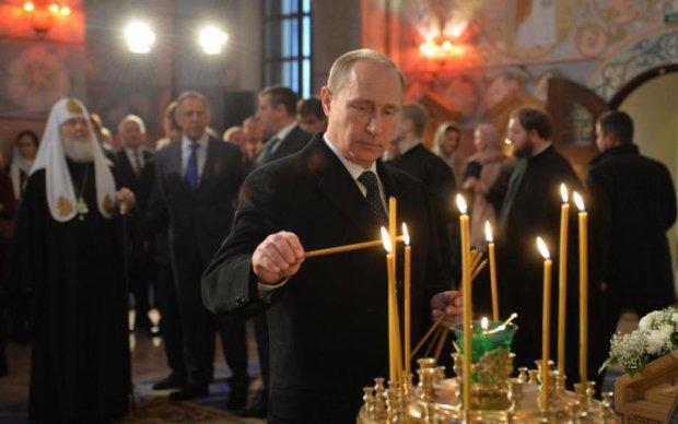 Путін осквернив мощі Миколая Чудотворця