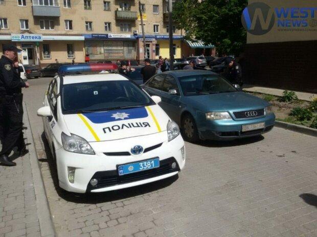 Вынесли все: в Одесской области банда обчистила молодую девушку, полиции пришлось попотеть
