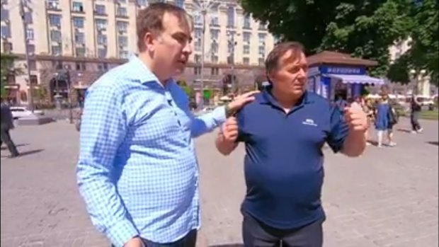 Саакашвили бегал за украинцами по Крещатику: их реакция вас удивит