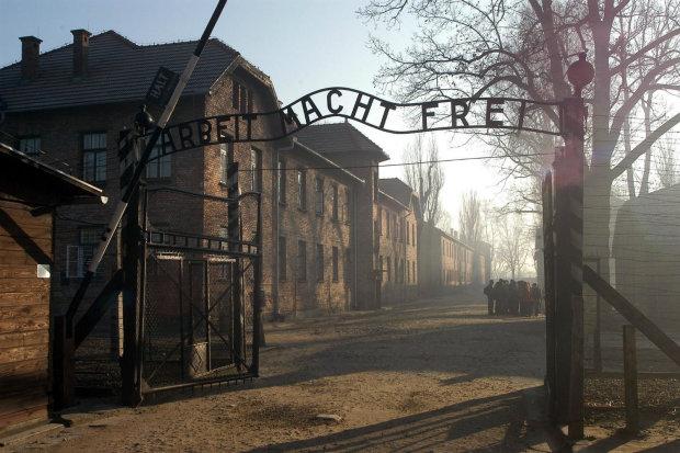 Радіація, концтабори і масові вбивства: найпохмуріші місця нашої планети, куди мріє потрапити кожен чорний турист
