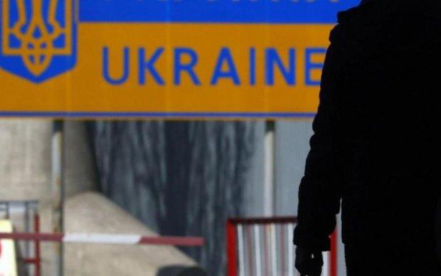 Остановить вымирание Украины могут только мигранты