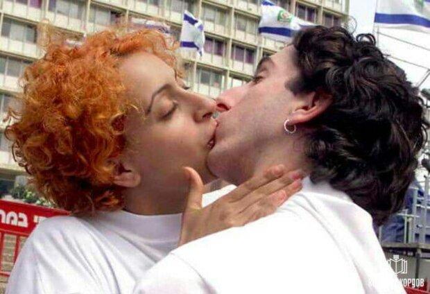 Доба без сну і їжі: закохані встановили світовий рекорд найтривалішим поцілунком