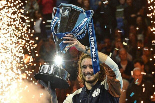 Циципас выиграл Итоговый турнир ATP и стал самым молодым чемпионом
