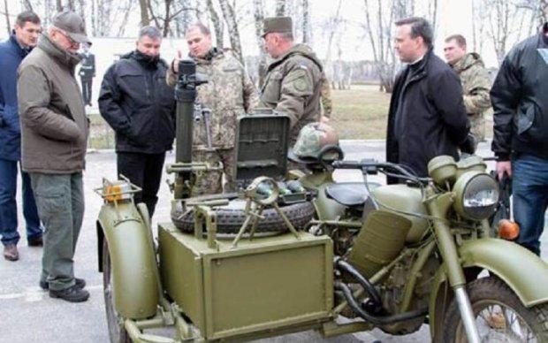 У Києві представили унікальний мотоцикл для ЗСУ