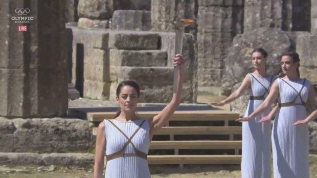 Олімпійський вогонь, кадр з відео