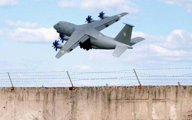 Лучший украинский самолет показали в действии