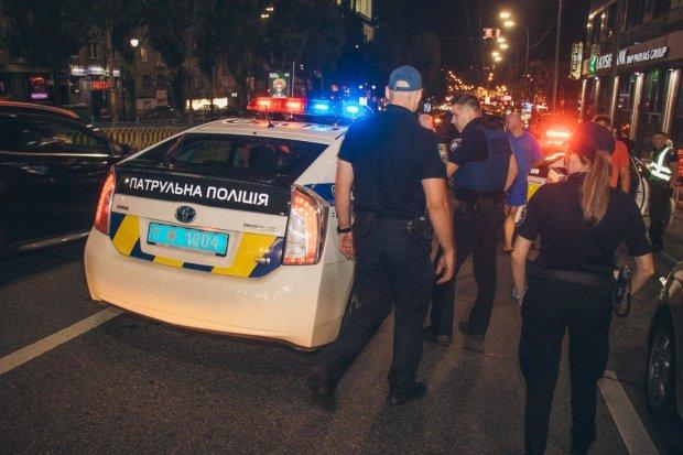 В Харькове полицейская устроила смертельное ДТП: медики спасали до последнего