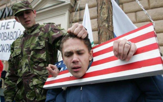 Політична педофілія: Навальний відкрив очі росіянам на жахливі маніпуляції дітьми