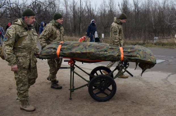 "В ""ДНР"" паника: минус 1500 боевиков, гниют на поле непогребенными"