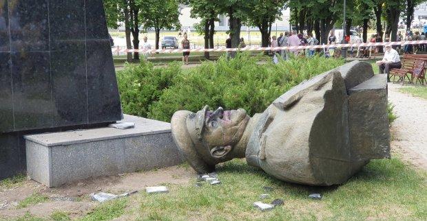 У Кернеса рассказали, когда назовут харьковский проспект именем маршала Жукова: мэр отказывается слушать людей