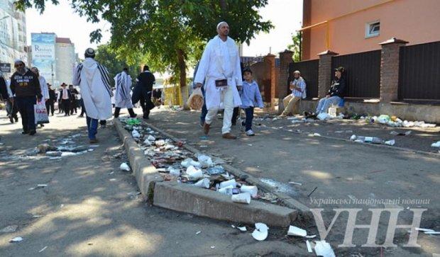 Иудейский Новый год в Умани: город задыхается от мусора и вони (фото)