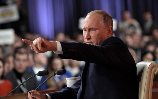 Незручно вийшло: Путін жорстоко осоромився перед військовими