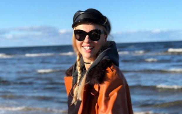 Головна блондинка країни потрапила в лікарню