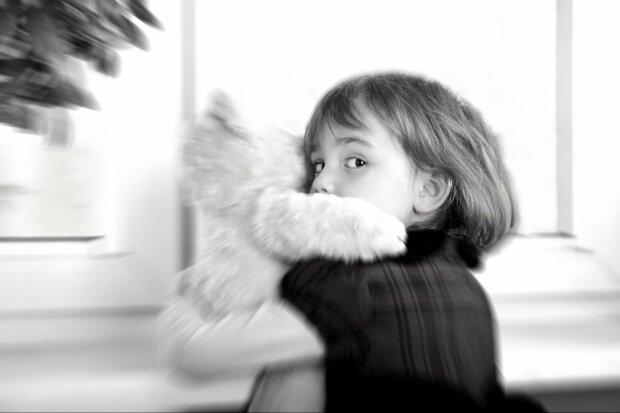 Горе-мать снимала в порно 4-летнего сына: дикая история потрясла всю Украину