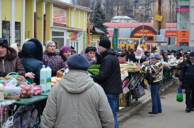 В Украине резко взлетели цены: пасхальная корзина будет без любимого продукта