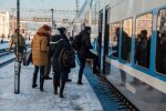 ″Вікно заклеєне скотчем, обігріваємося парою з рота″: в мережі показали, як Укрзалізниця знущається з пасажирів