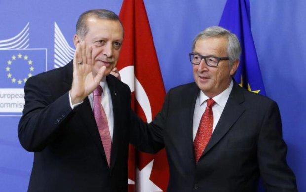 Юнкер зробив Ердогану останнє попередження