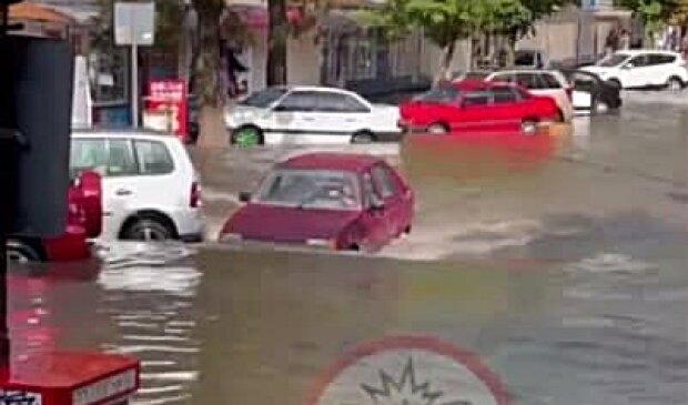 Потоп у Хмельницькому, фото з Telegram-каналу