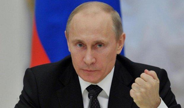 Путин разрешил насилие в семье