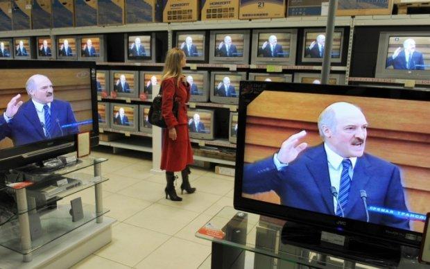 Ми не станемо на коліна: Лукашенко дав відсіч російським ЗМІ