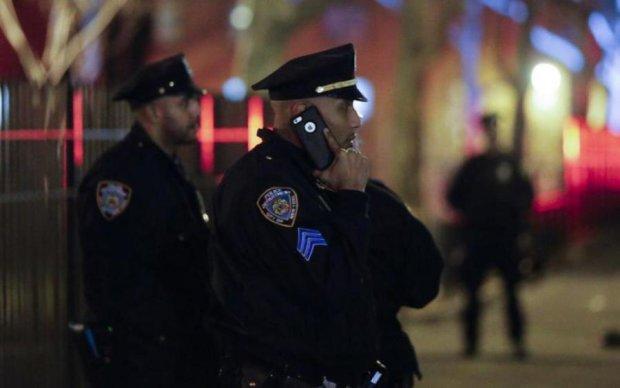 Нам усім кінець: поліція навчилася зламувати смартфони