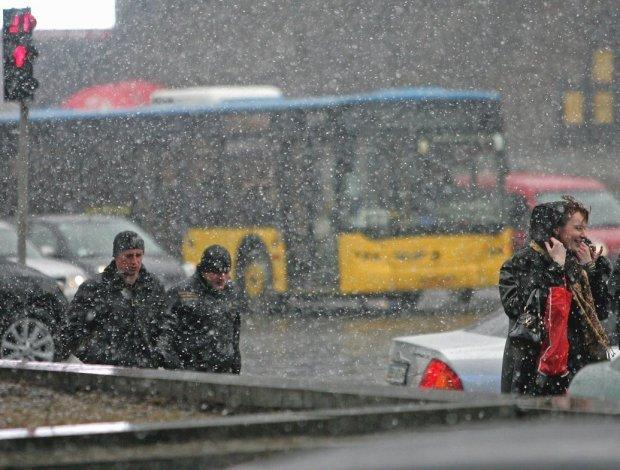 Весна не поспішає в Україну: різкі перепади температури влаштують пекло для метеозалежних