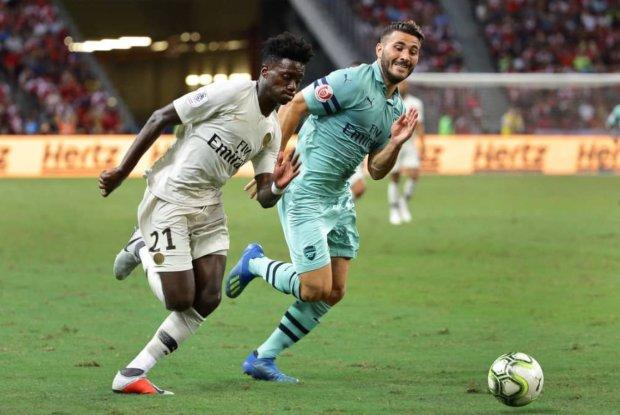 """Расистские нападки заставили звезду """"Арсенала"""" расплакаться: убежал со стадиона на глазах миллионов"""