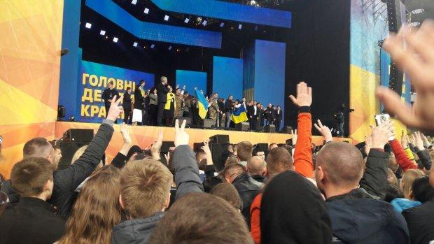 """""""Я ваш вирок"""": найбільш пам'ятні цитати на дебатах Зеленського і Порошенка"""