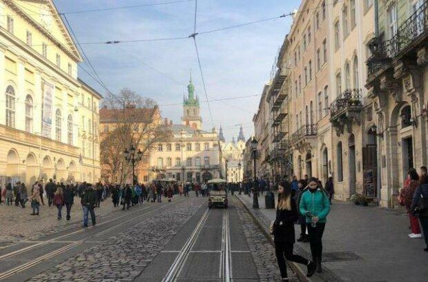 Зимове сонце прогуляється вуличками Львова: синоптики дали оптимістичний прогноз на 25 січня