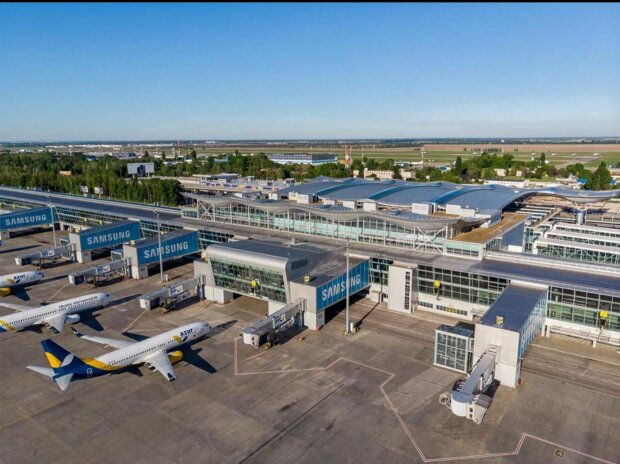 "В аэропорту ""Борисполь"" схватили наглого ""ювелира"", 20 килограмм серебра в рюкзаке"