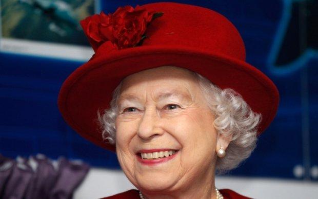 Елизавете II исполнился 91 год: что мы знаем о чопорной бунтарке с добрым сердцем