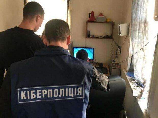 Американського хакера затримала в Києві кіберполіція: підозрюють у крадіжці $6 млн