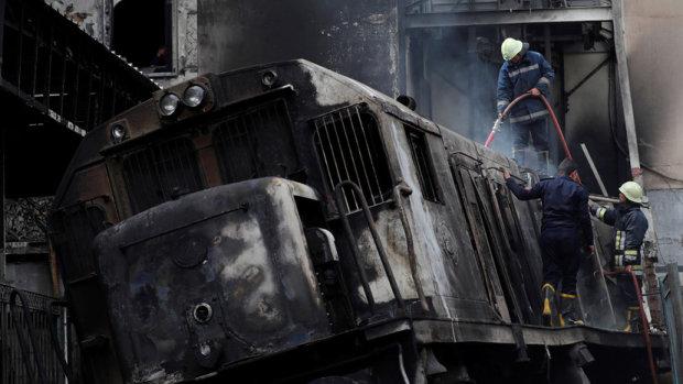 Поїзд з пекла перетворив станцію на суміш попелу, бетону і людських останків: страшне відео