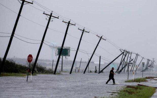 NASA показало, как мощнейший ураган разрушает Америку