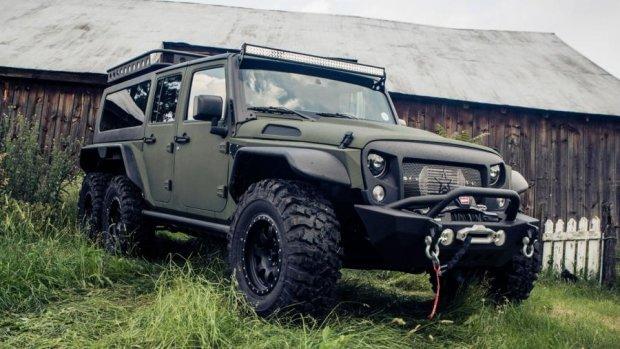 Jeep Wrangler переоборудовали в шестиколесный вездеход (фото)