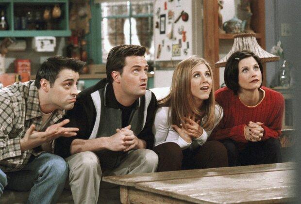 """Серіал """"Друзі"""" святкує 25-ліття: кожен персонаж отримав від Google кумедні """"пасхалки"""""""
