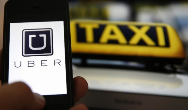 Uber відмовився від перевірок таксистів