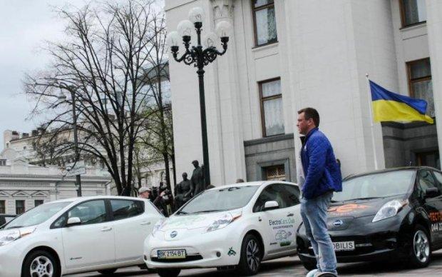 Быстрее быстрого: электрокары в Украине будут стоить копейки