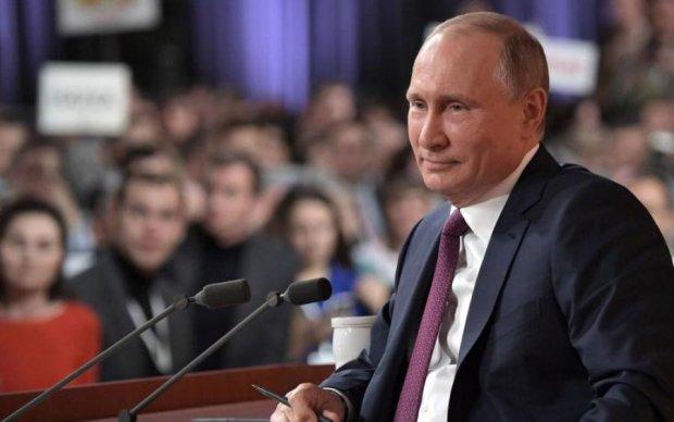 Стало відомо, що стримує Кремль від нападу на Україну