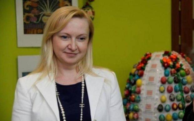 Сперма, молоко і трюфелі: стало відомо про бізнес коханки Януковича