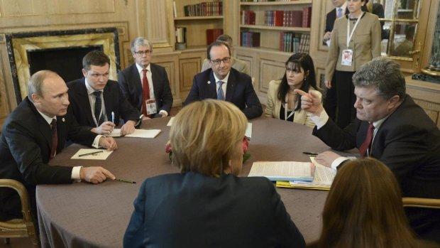 «Явас раздавлю»: вКремле ответили, грозилли Путин Порошенко