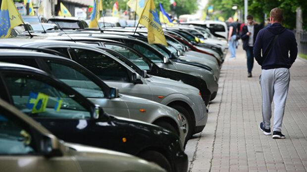 Євробляхерам змінять правила розмитнення: як відіб'ється нова схема на водіях