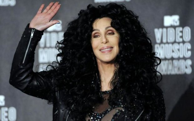 Пристаріла легенда поп-музики роздяглася на Billboard Music Awards
