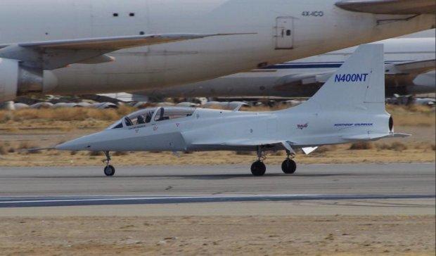 Перші знімки секретного американського літака потрапили в мережу (ФОТО)
