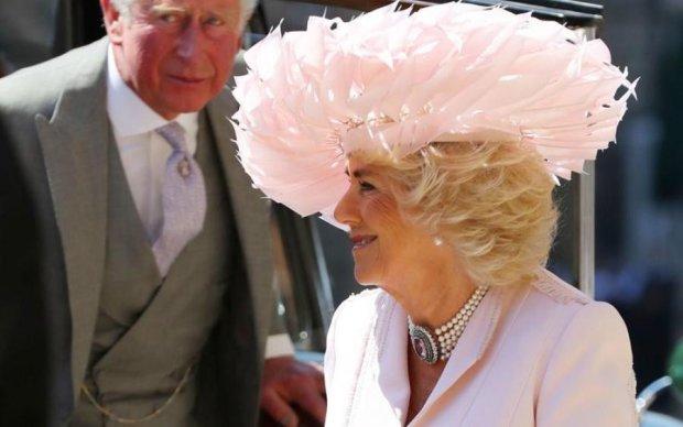 Майже кожен зірвав голос: Камілла розповіла про скандали королівського весілля